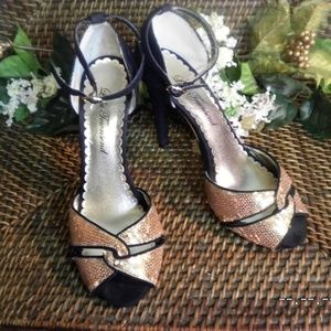 Lulu Townsend black & gold sequin heels sz 6 1/2